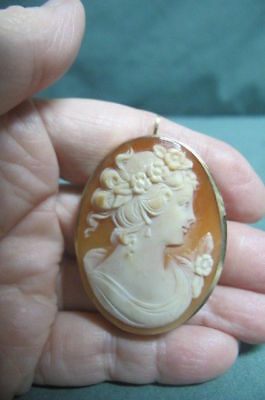 Antique Victorian 9k Gold Carved Cameo Brooch Pin / Pendant