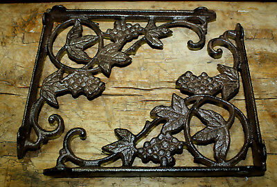 4 Cast Iron Antique Style GRAPES & VINE Brackets, Garden Braces Shelf Bracket