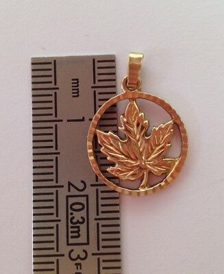 10K solid yellow gold mapple leaf pendant