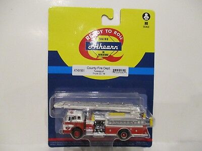 Athearn Ho Scale County Fire Department Telesqurt Truck Co.18 - New On Card!