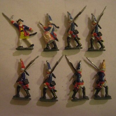 8x old tin soldier, Prussian fusiliers 1760.      Semi-flat 40mm scale (15132)