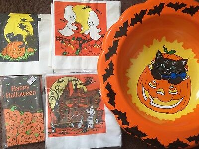 5pc. Vintage Halloween Napkins, Candy Bags, Bowl