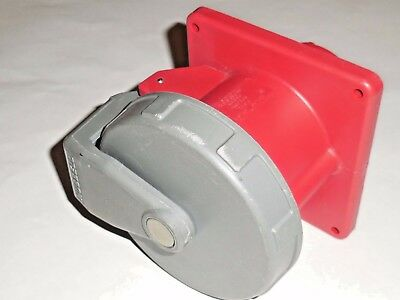 Hubbell Device-Kellems 460R7W Pin & Sleeve Watertight Outlet 3 Ph 480V 60A 223 A