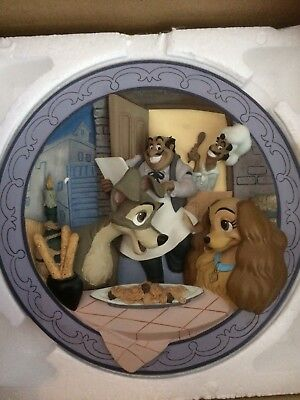 Disney Lady And The Tramp 3D Collectable Plate Boxed