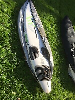 2 Windsurfing Boards & 5 Sails