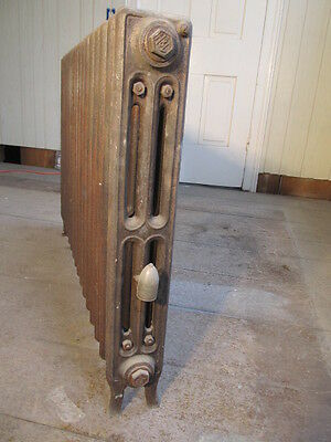 Antique Vintage Cast Iron Steam or Hot Water Radiator 17-fin (Narrow)