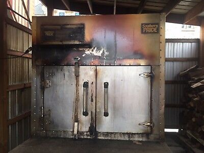 Southern Pride Model 1400 SLSE gas-wood-fired commercial barbecue oven.