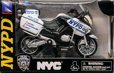 NYPD BMW R1200RT-P Police Bike Polizei Motorrad 1:18 Model New Ray Toys 67555