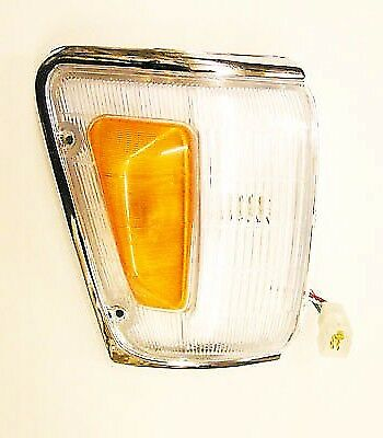Side Lamp Assembly Front R/H For Toyota Hilux Pickup MK3 LN105 2.4D 8/88-8/91