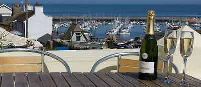 SOUTH DEVON FISHERMANS COTTAGE. Brixham Holiday Cottage .Self-catering Holidays,