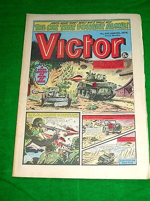 Operation Husky Durham Brigade & Sherman Tanks Ww2 Cover Story In  Victor 1979