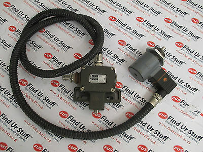 Magnet-Schultz MSM GHUZ040M30A01 Solenoid Machine Guard, Euchner N12D Switch