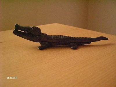 Vintage Brass Nut Crackers Alligator / Crocodile RD 6991 Made in England.