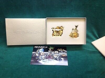 NIB HARMONY KINGDOM 2001 Planet HK Royal Watch Collectors Club Kit Minx Wolfie