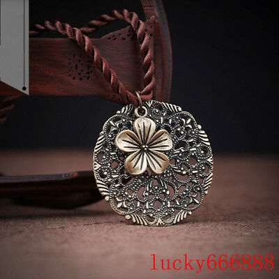 Handmade Exquisite Flower Hollow Metal Pendant Clavicle chain Necklace