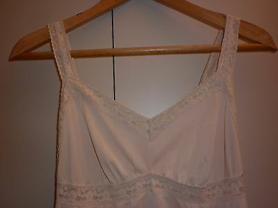 VINTAGE AUSTRALIAN MADE 1960s NUDE SLIP SIZE 16 EXCELLENT CONDITION