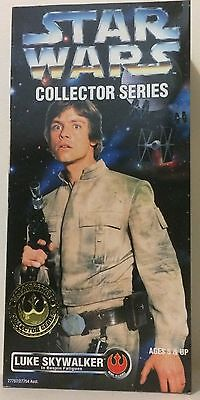 "Star Wars Collector Series - Luke Skywalker in Bespin Fatigues 12"" Action Figure"