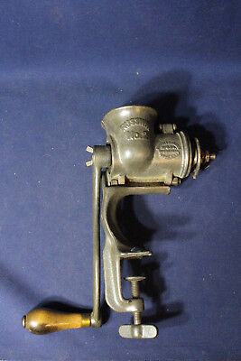 Nice Cast Iron Russwin No 2 Meat Grinder Clamp Shut 1901 Canada Patent Marked