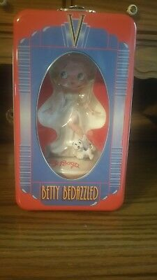 Betty Bedazzled Platinum Betty Doll Betty Boop With Puppy 2005