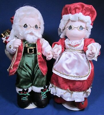 16 Inch Precious Moments Dolls - 1998 – Mr & Mrs Claus Dolls – Very Good Cond