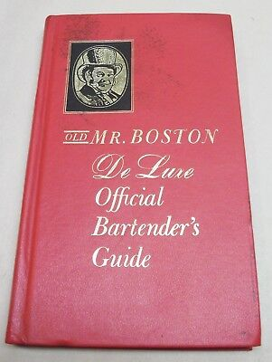 Vintage 1965 Old Mr. Boston DeLuxe Official BARTENDER'S Guide DRINK RECIPES Book