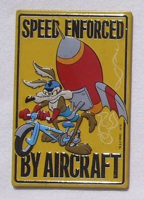 Wile E Coyote - Looney Tunes Magnet Magnetschild aus USA - Speed Enforced