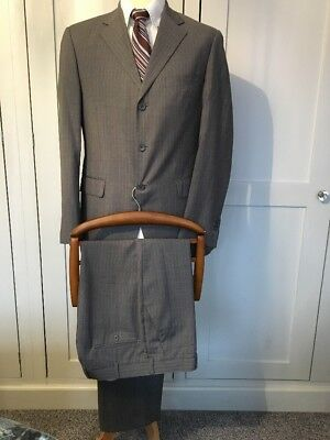 Mens Grey Pinstripe Hawes & Curtis Wool Suit, 38R/34/32, Great Con