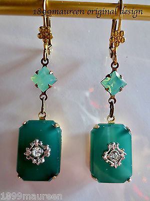 Art Deco Art Nouveau earrings 1920s vintage style vintage opal green glass drops