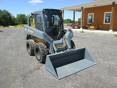 John Deere 318D Farm Skid Steer Loader