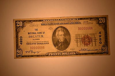 Decatur, IL - $20 1929 Ty. 1 The NB of Decatur Ch. # 4920  Very Good  Serial # 8