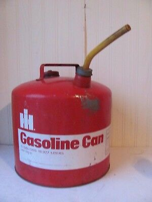 International Harvester 5 Gallon Round Galvanized Metal Gas Can with Spout