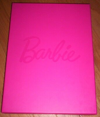 Barbie 2014 Designer Collector Material Glossy Photos Of Barbie - Free Ship