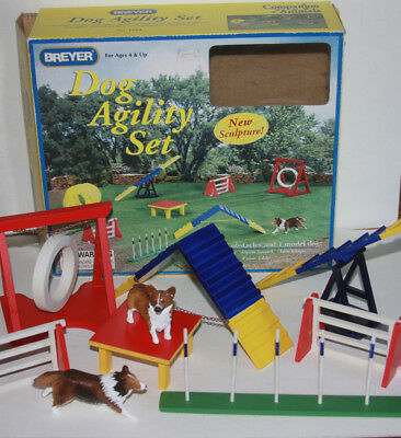 Breyer Dog Agility Play Set 1504 Jumps Weave Poles Table See-saw A-Frame 2 Dogs
