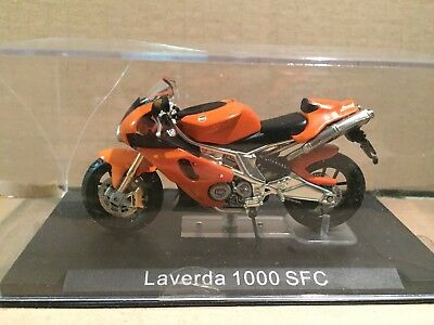 "Die Cast  "" Laverda 1000 Sfc ""  Motomania  Scala 1/24"