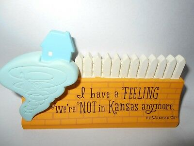 """Hallmark Wizard Of Oz  """"I Have A Feeling.were not in Kansas anymore"""" Desk Plate"""