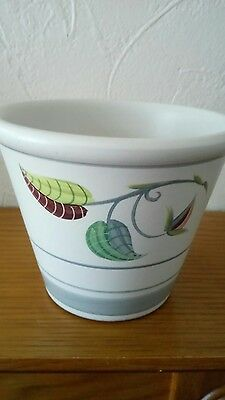 "DENBY Small  Size PLANTER GLYN COLLEDGE-4.25"" - Looks unused"