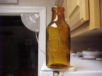 Bunker Hill Pickles - Skilton Foote & Co. - MONUMENT Pic - Old AMBER Bottle Jar