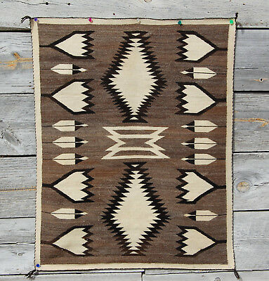 c1920s CHURRO CRYSTAL TULIPS FEATHERS NAVAJO RUG 48x38 Navaho blanket Ranchfolks