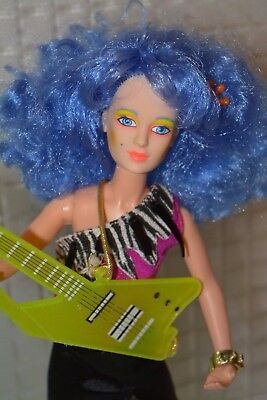 Vintage Hasbro Jem holograms MISFITS doll 2nd edition Stormer Loose + tape HTF**