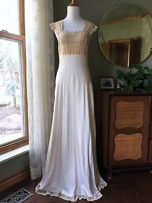 30s Dress Heavenly Fischer Silk Dressing Gown Lingerie Alencon Lace Vintage