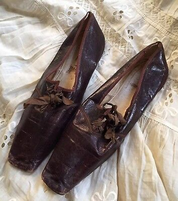 1830s Leather Square Toe Ladies' Shoes Slippers Silk Laces Exc Cond Antique