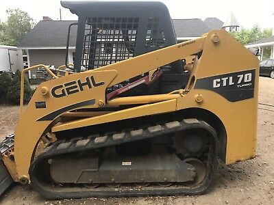 Gehl CTL 70 Track Loader 550 original hours excellent condition. Same Takeuchi