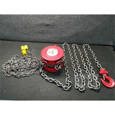 "Milwaukee 9675-20 2 Ton Lift Chain Hoist, 82lbs LRL, 15"" Standard Lift*"