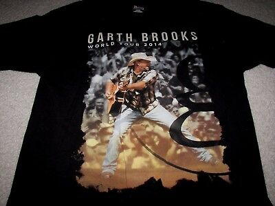 Garth Brooks 2014 World Tour Men's T-Shirt Size Medium