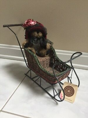 Boyds Collection Wicker Sleigh Holiday Decorating Bears/dolls