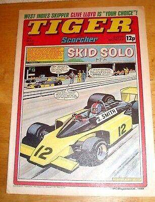 Tiger Comic 1980 With Stunning  Leyton Orient  Colour Team  Centrefold Poster