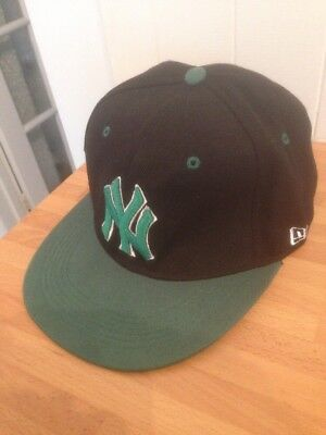 New York Yankees 59FIFTY Baseball Cap Official 57cm Green And Black Design Snap