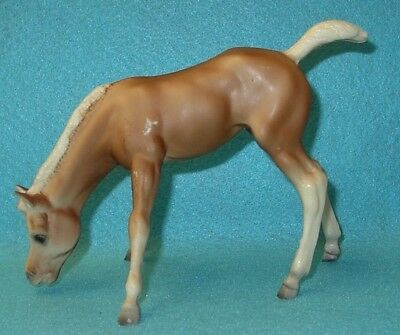 Breyer Traditional Vintage Bald Face Palomino Bows Grazing Foal #153 Guc 65-81#2