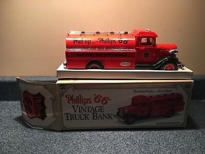 New Never Used 1993 Limited Ed Collectors Series Phillips 66 Truck Bank # 1 Nib