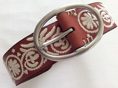 LUCKY BRAND BURUR574 Chili Brown Embroidered Belt Oval Silver Tone Buckle